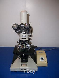10923 Nikon Optiphot Microscope M Plan 5,10,20,40x lens with 15x ultra W. F. Eyes